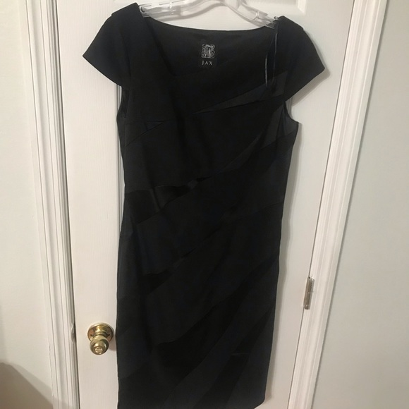 Jax Dresses & Skirts - Jax dress size 10 black mini gown